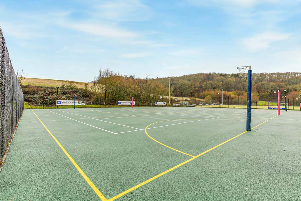 Sports - Netball courts